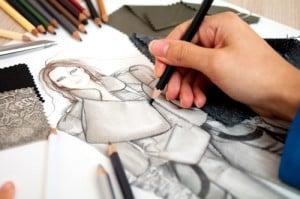 Entwurf wird per Hand aufgezeichnet